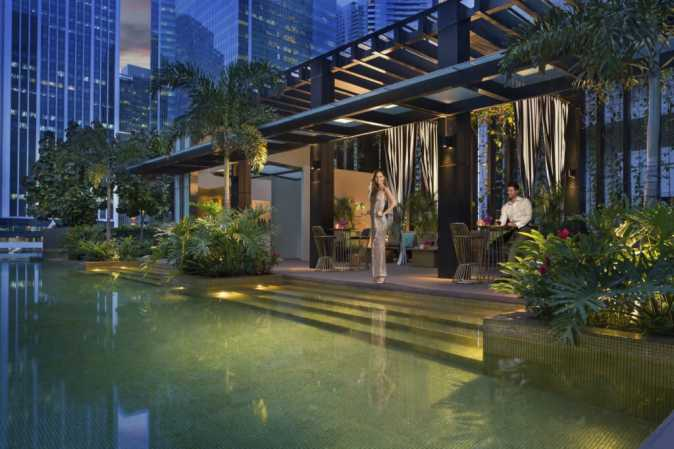 Hi So Rooftop Pool Bar Singapore