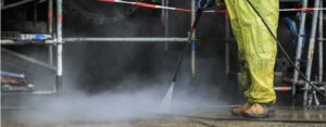 High-pressure-cleaning-of-a-concrete-floor-in-petrochemical-industry